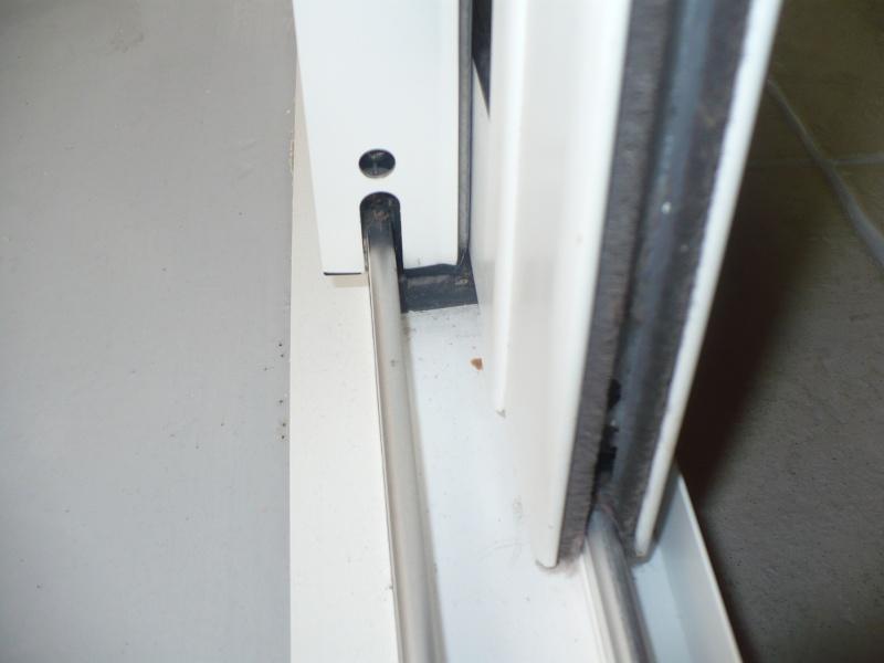 Pièce détachée pour rail porte vitrée Blanch10