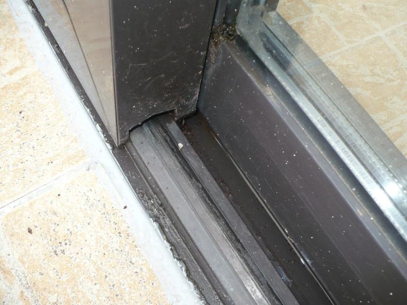 Pièce détachée pour rail porte vitrée Brun_111