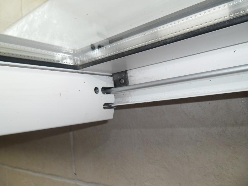 Pièce détachée pour rail porte vitrée Piece_12