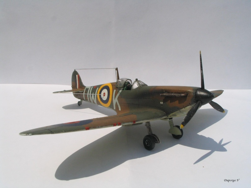 [blackhawk] supermarine spitfire MK.Ia 1/72 Img_8934
