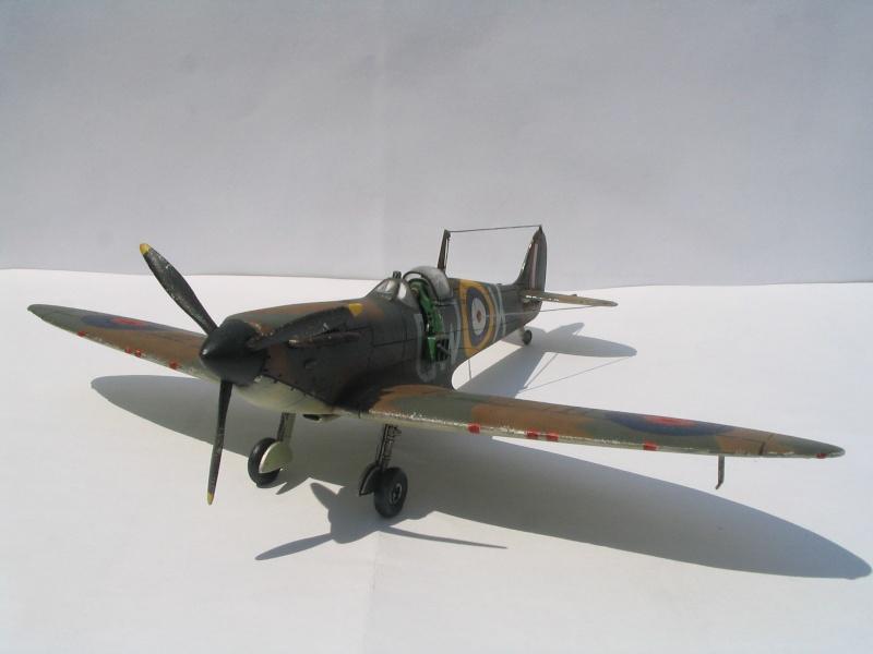 [blackhawk] supermarine spitfire MK.Ia 1/72 Img_8935