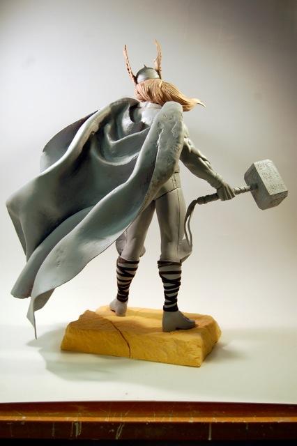 Premium Collectibles : Thor - Comics version  Dsc_0011