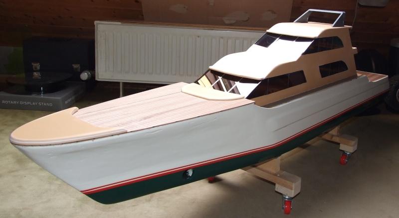 Fantasie-Luxusyacht Eigenbau Dscf0017