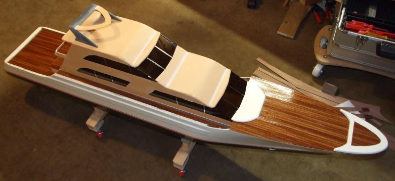 Fantasie-Luxusyacht Eigenbau Dscf0019