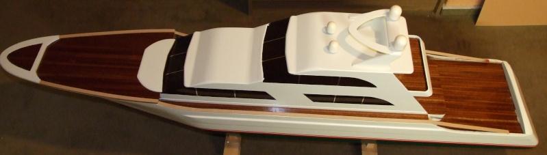 Fantasie-Luxusyacht Eigenbau Dscf0021