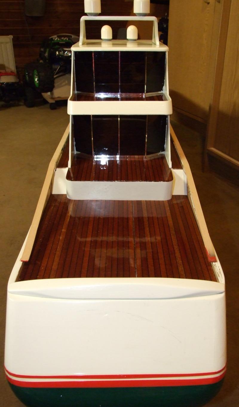 Fantasie-Luxusyacht Eigenbau Dscf0023