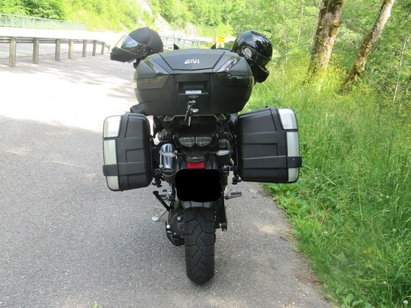 Photos : bagagerie GIVI (top case + valises Trekker Img_0710