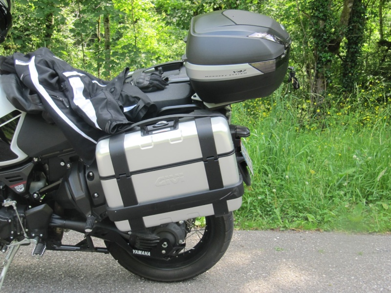 Photos : bagagerie GIVI (top case + valises Trekker Img_0711