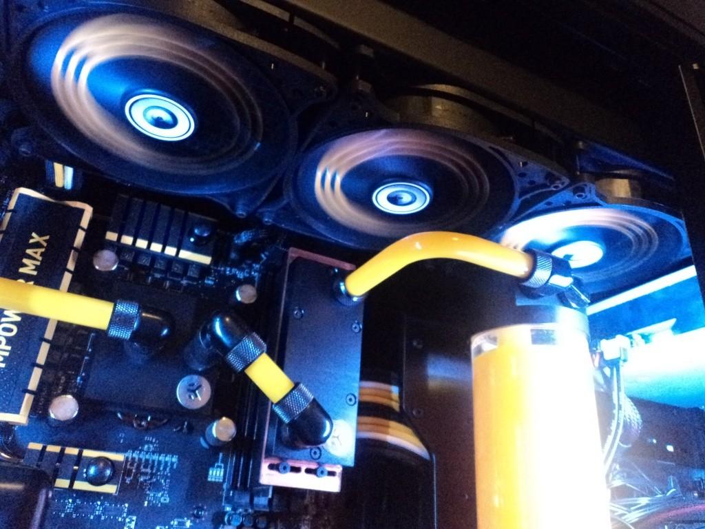 FS- SNEF PC PROJECT RENEGADE X Dsc01210