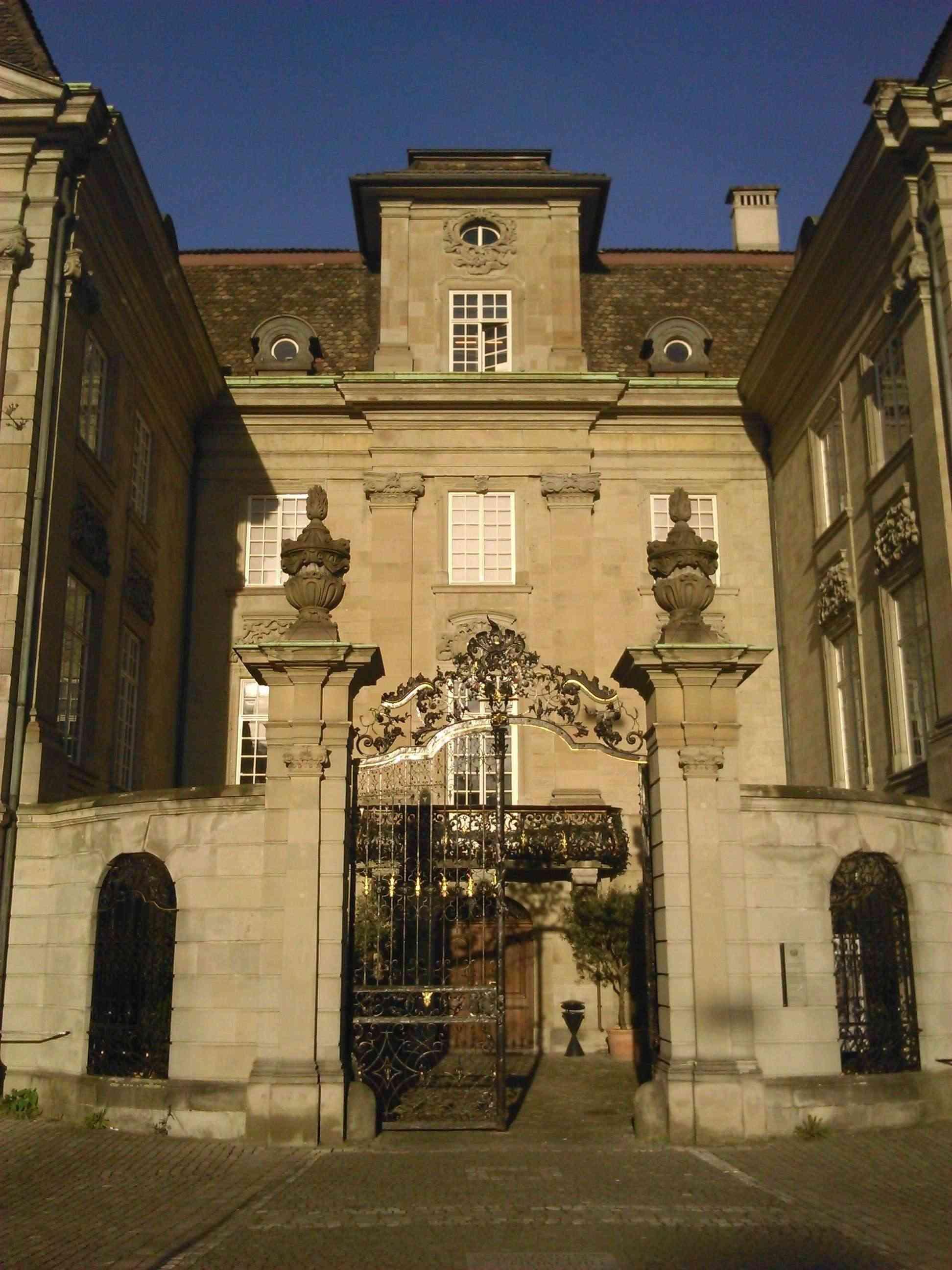 Palais Coutume - GSWLS B411