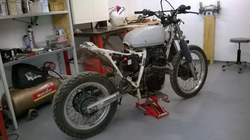 XL600RM tracker/brat Wp_20114