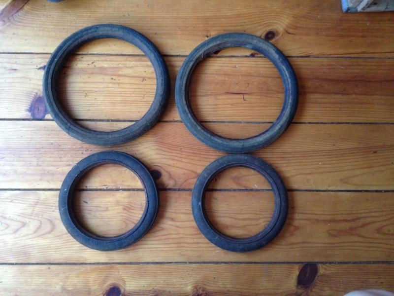 restauration de vieux pneux d'un petit chariot Photo_13