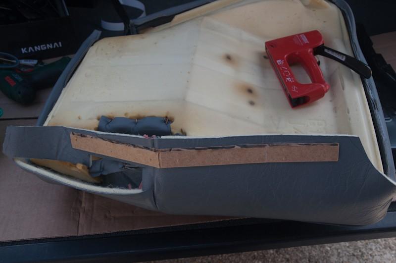 Montage d'un Frigo à la place du siège centrale arrière Faut_115