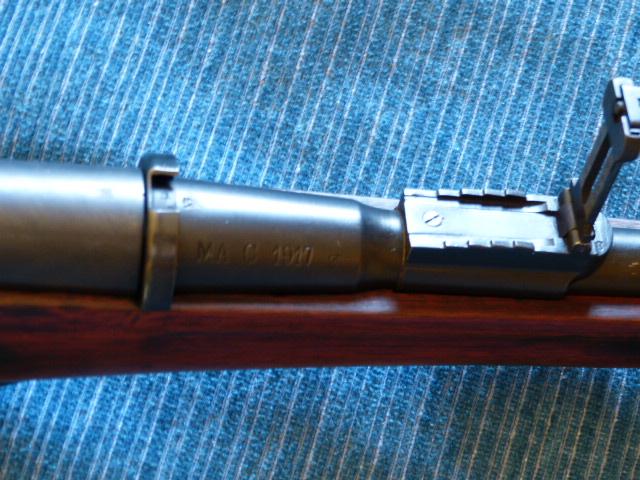 Nombre de mousquetons 1892 M16 produits - Page 4 P1020223