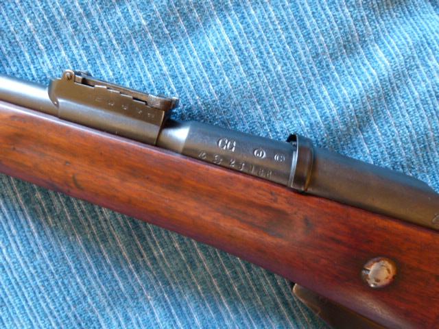 Nombre de mousquetons 1892 M16 produits - Page 4 P1020225
