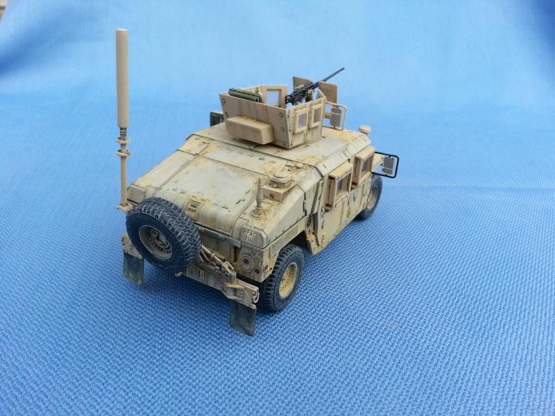 M1151 HUMVEE ACADEMY 1/35 20140212