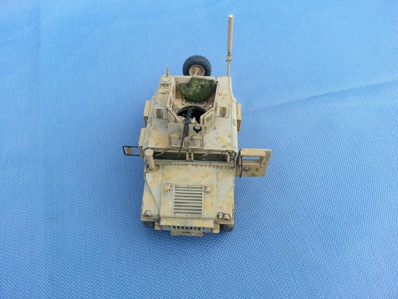 M1151 HUMVEE ACADEMY 1/35 20140215