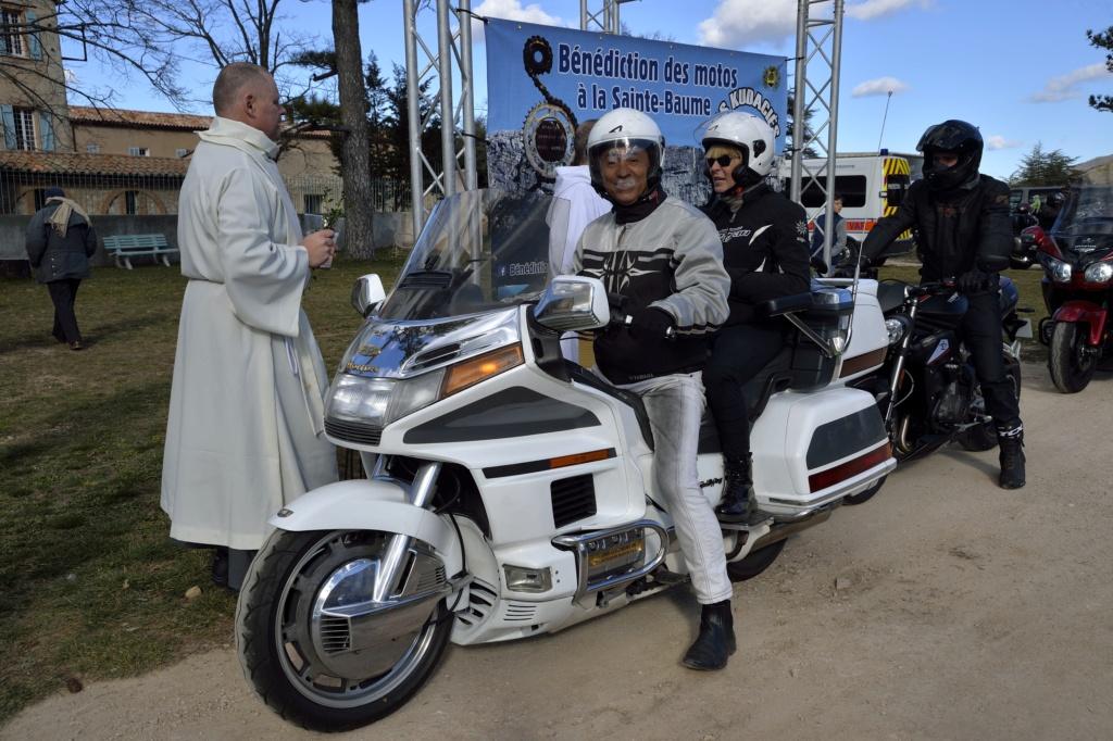 CR - Bénédiction des motos à l'hostellerie de la sainte baume. Bm201910