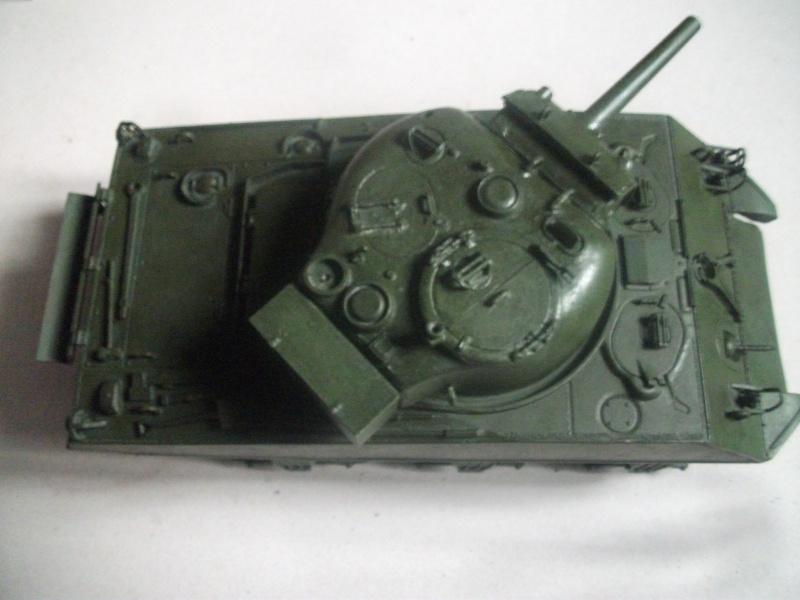 M4 105 Sherman au 1/35 les détails Dscf0061