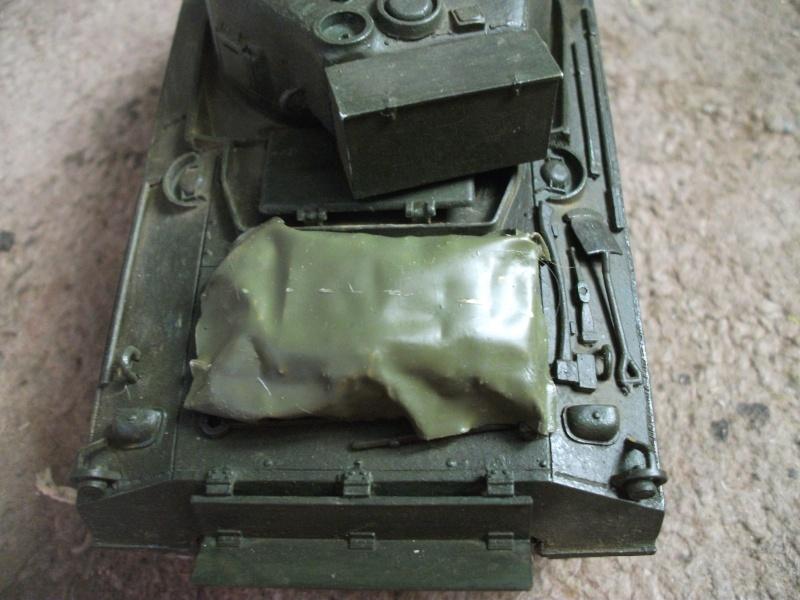 M4 105 Sherman au 1/35 les détails - Page 2 Dscf0066