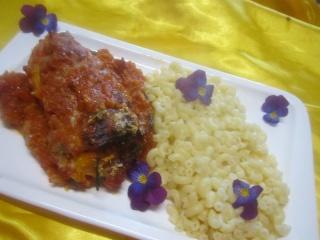 Quenelles de brochet. sauce tomates  basilic.gratinées 10359510