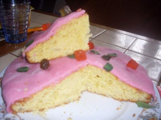 Gâteau aux dés de poires, pâte d'amandes. + photos. Gateau20