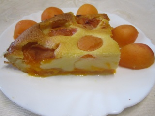 Clafoutis aux abricots + photos. Img_0110