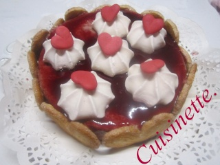 Vacherin vanille. chocolat. nappage fruits rouges + photos. Img_0410