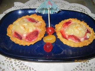 Tarte aux poires et fraises. + photos. Tarte_13