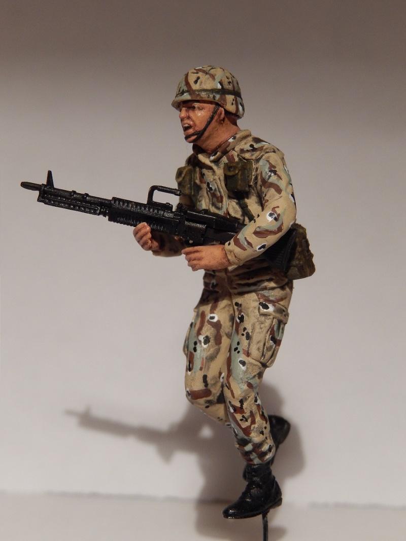 Humvee M1151 Academy 1/35 [Ultronix] Dscn3410