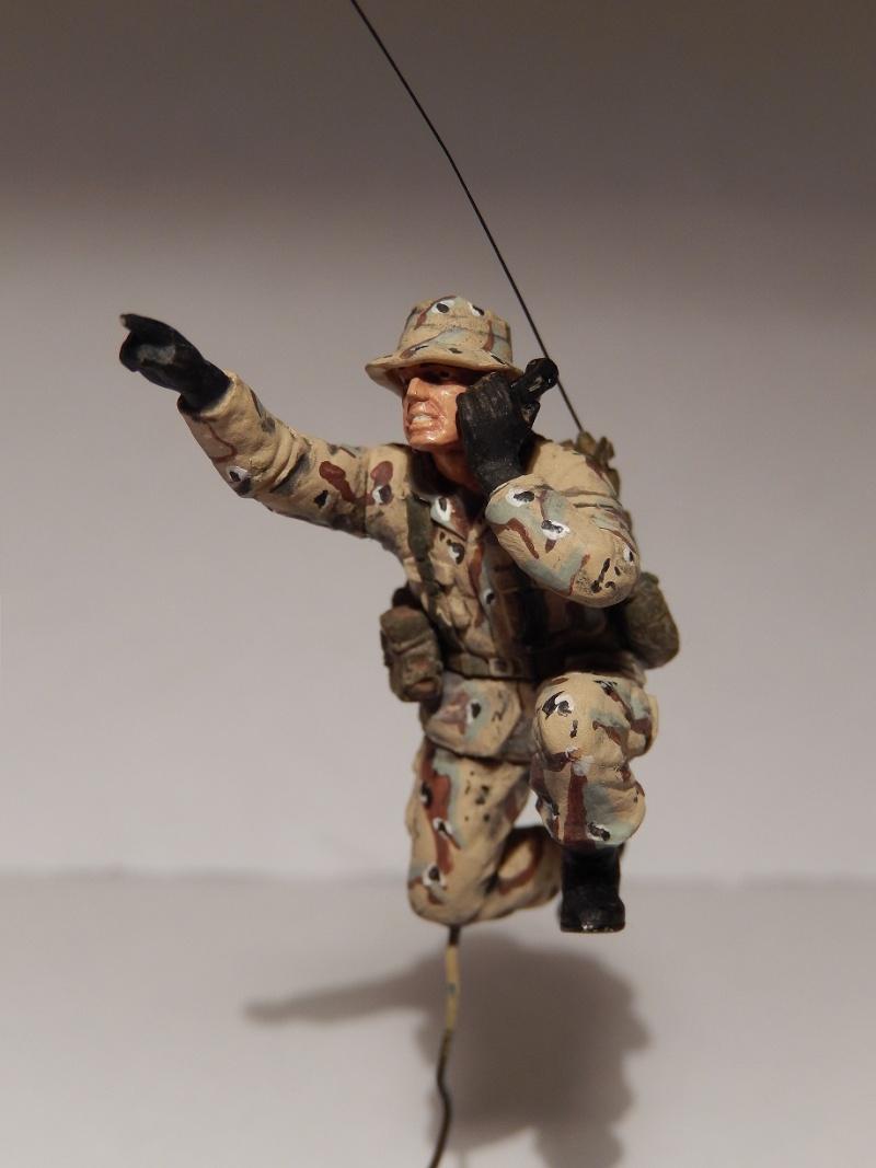 Humvee M1151 Academy 1/35 [Ultronix] Dscn3415