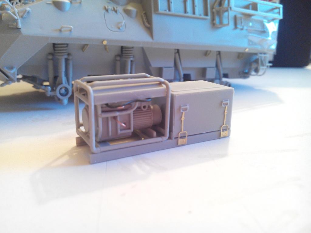 LAV 3 -PC 1/35 Trumpeter [Ultronix] Img_2035