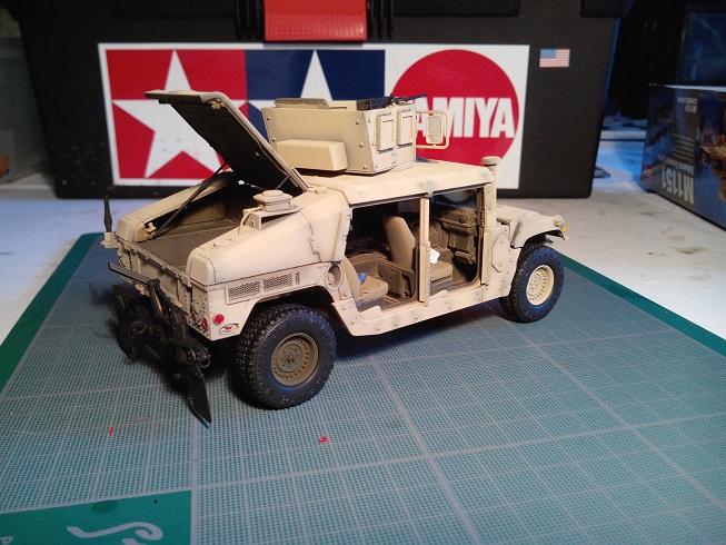 Humvee M1151 Academy 1/35 [Ultronix] Img_2069