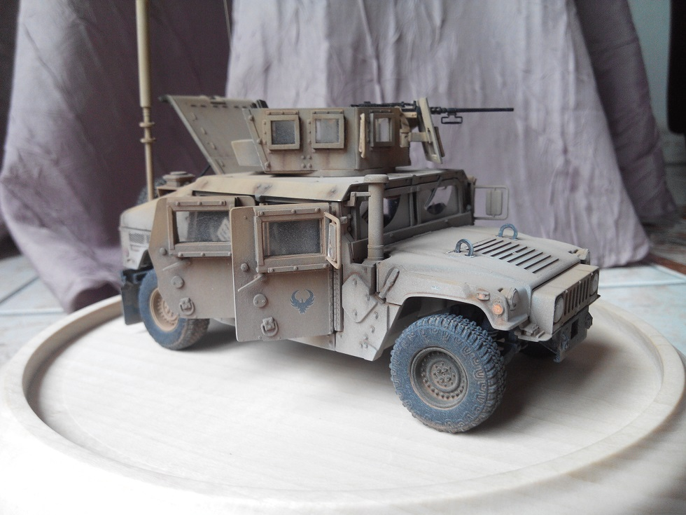Humvee M1151 Academy 1/35 [Ultronix] - Page 2 Img_2074