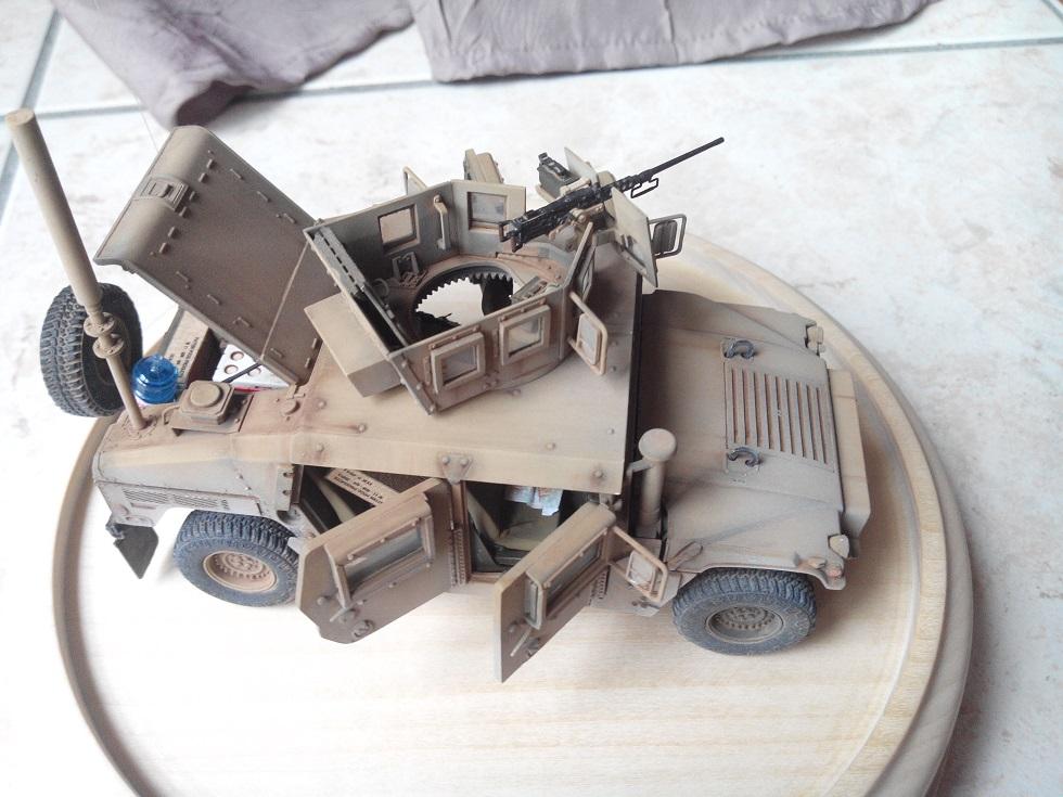 Humvee M1151 Academy 1/35 [Ultronix] - Page 2 Img_2078