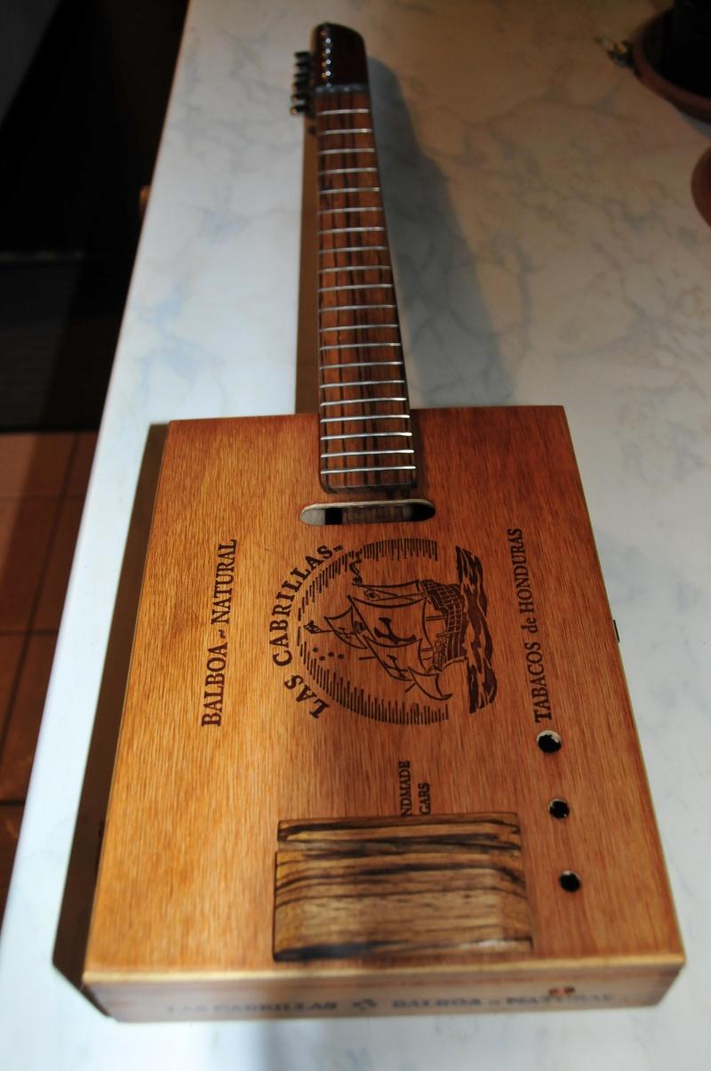 Cigar Box Guitar Gut Bucket - Page 7 _dsc1417