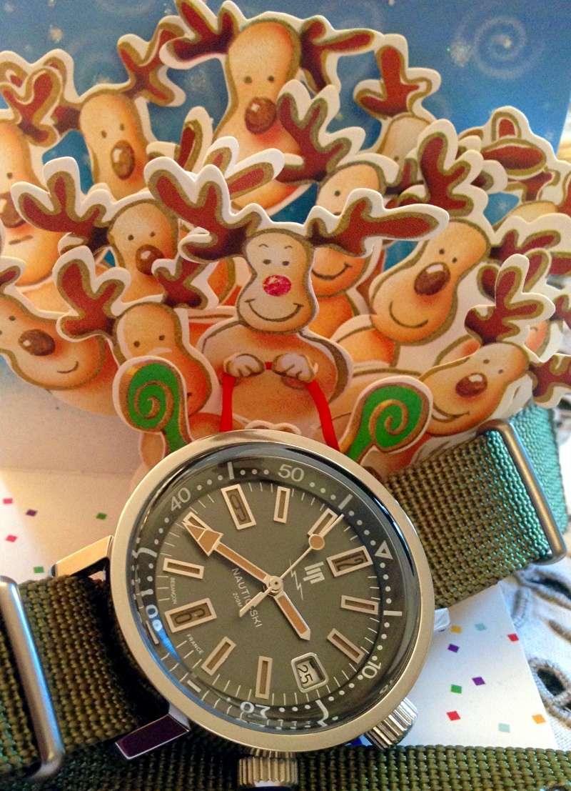 La montre du réveillon de Noël  - Page 3 Nautic10
