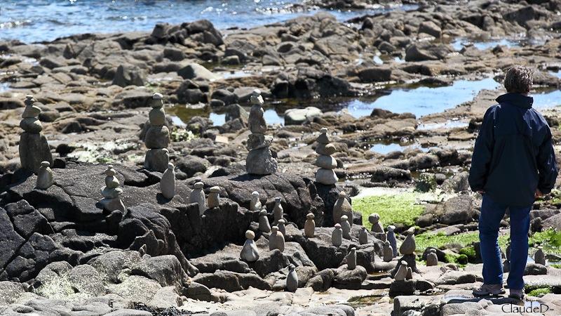 Empilements de pierres ou cairns contemporains  Empile10