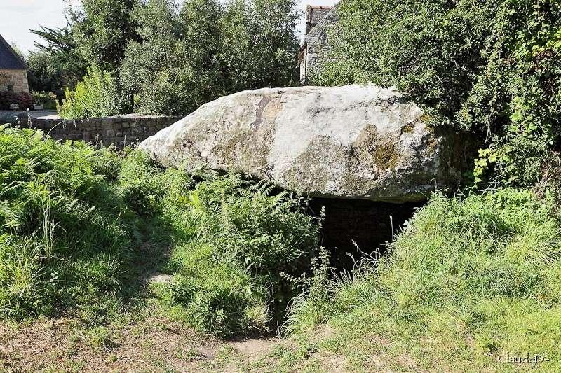 - Les sites mégalithiques de Locmariaquer - Page 2 Kerlud11