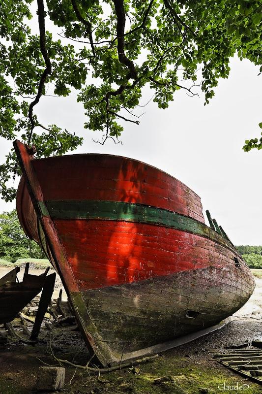 Fin de vie .... Cimetières de bateaux .... - Page 4 Le_bon12