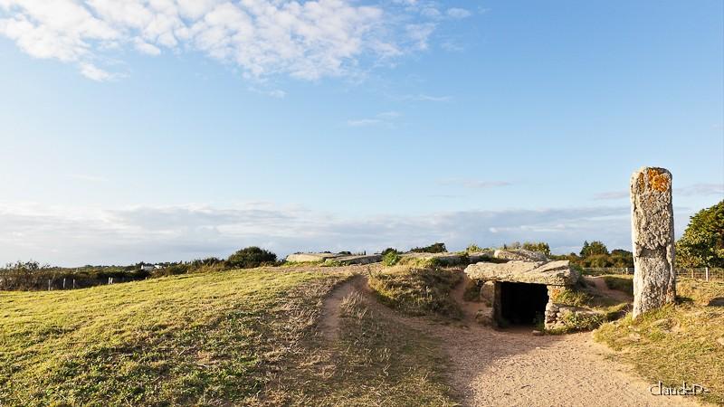 - Les sites mégalithiques de Locmariaquer - Page 2 Pplate10