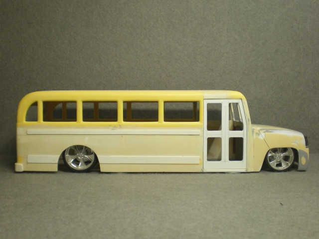 schoolbus H2 wip 06413