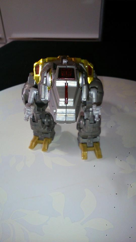 Collection Transformers de sylv1  (AOE, CHUG, TF PRIME, BH, MP, LABELS INDÉS ET G1.. ) Img_1022
