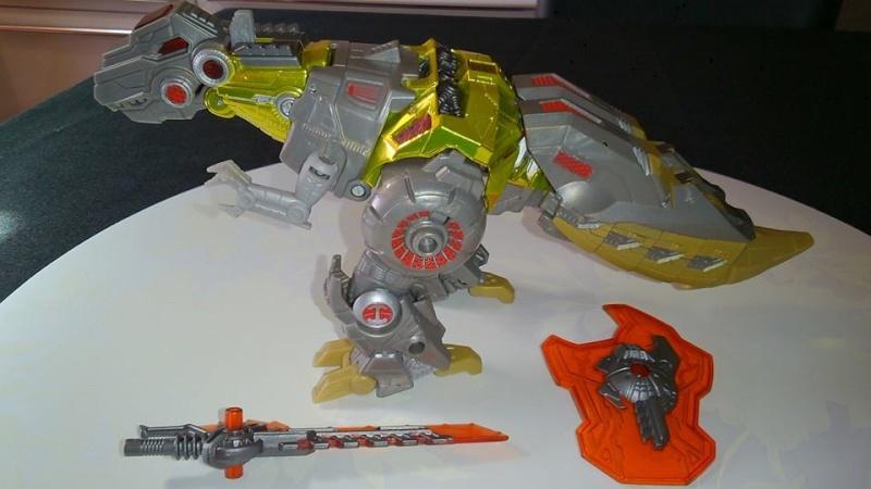 Collection Transformers de sylv1  (AOE, CHUG, TF PRIME, BH, MP, LABELS INDÉS ET G1.. ) Img_1023