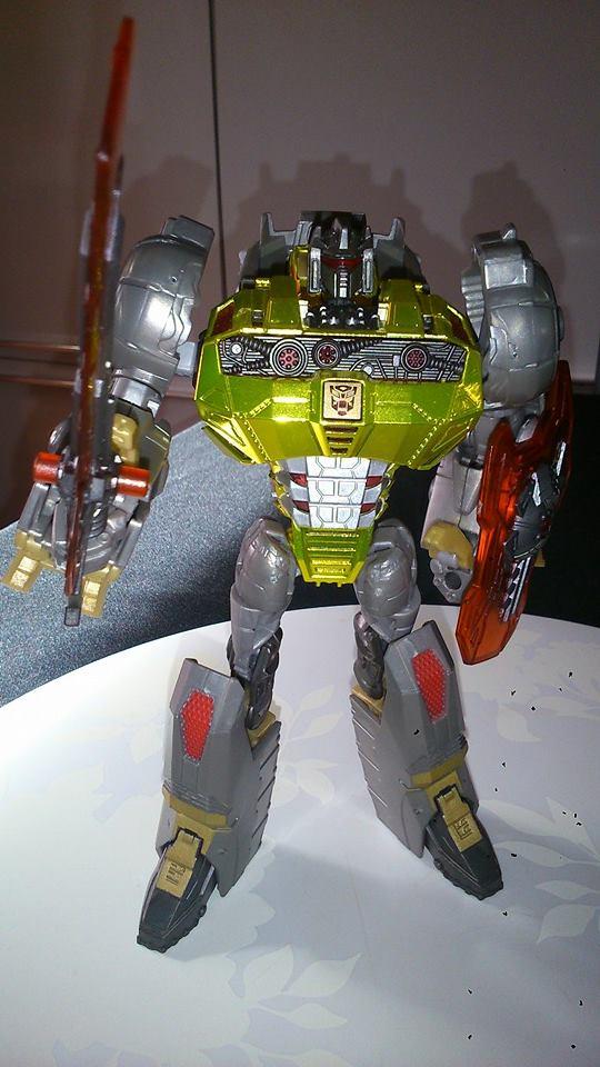 Collection Transformers de sylv1  (AOE, CHUG, TF PRIME, BH, MP, LABELS INDÉS ET G1.. ) Img_1026