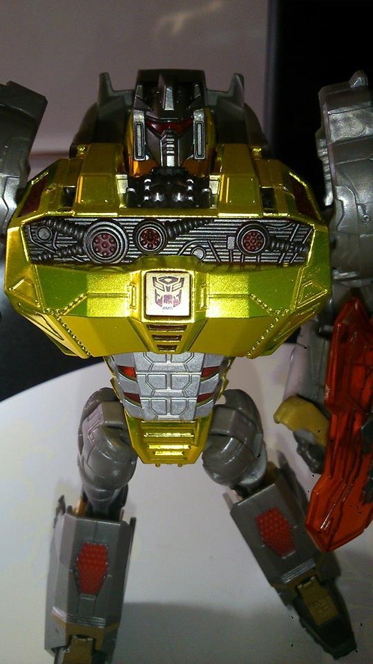 Collection Transformers de sylv1  (AOE, CHUG, TF PRIME, BH, MP, LABELS INDÉS ET G1.. ) Img_1027