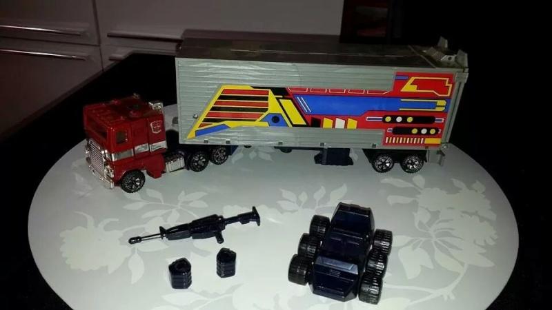 Collection Transformers de sylv1  (AOE, CHUG, TF PRIME, BH, MP, LABELS INDÉS ET G1.. ) Img_1124