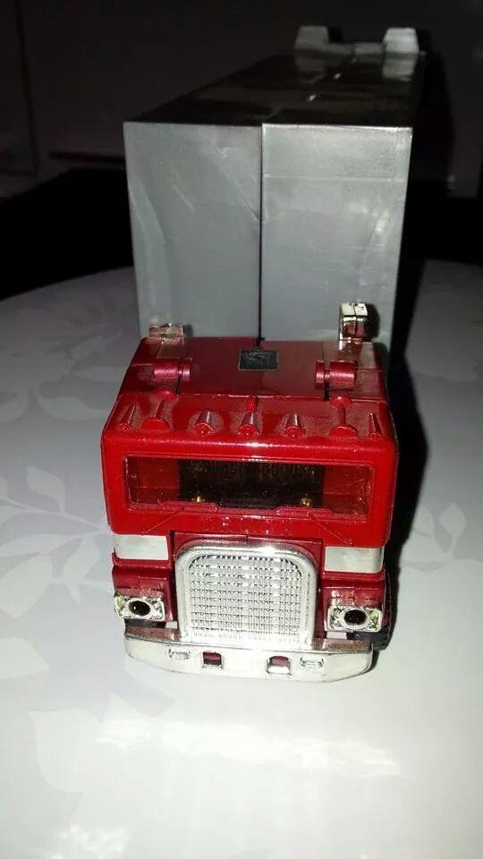 Collection Transformers de sylv1  (AOE, CHUG, TF PRIME, BH, MP, LABELS INDÉS ET G1.. ) Img_1126