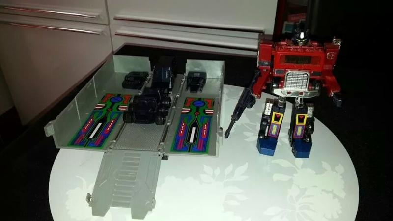 Collection Transformers de sylv1  (AOE, CHUG, TF PRIME, BH, MP, LABELS INDÉS ET G1.. ) Img_1128