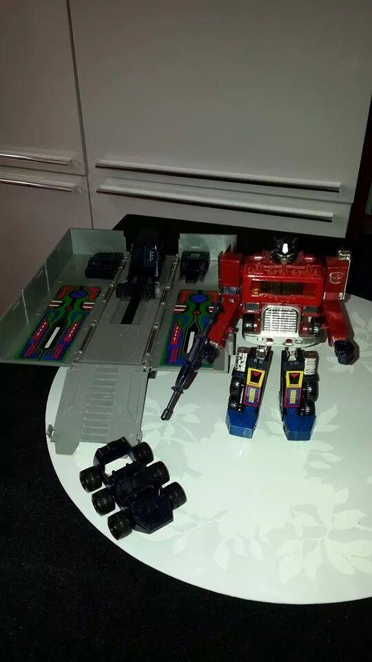 Collection Transformers de sylv1  (AOE, CHUG, TF PRIME, BH, MP, LABELS INDÉS ET G1.. ) Img_1129